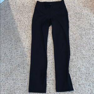 Gap Fit Straight Yoga Pant size Medium